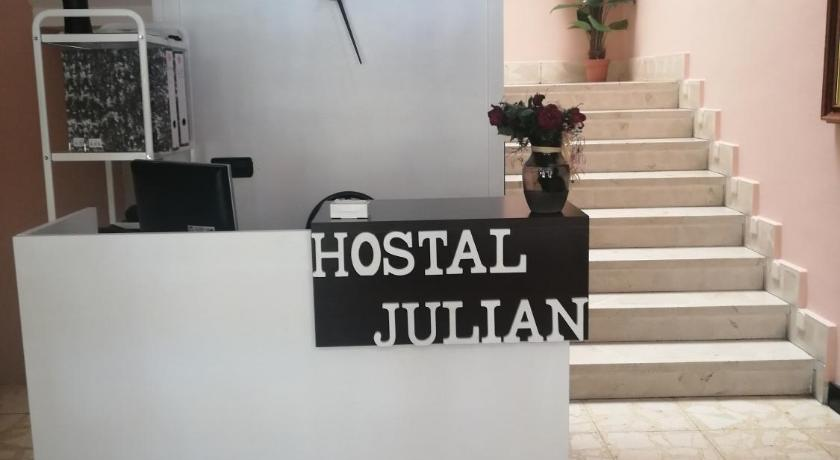 Hostal Julian Brunete