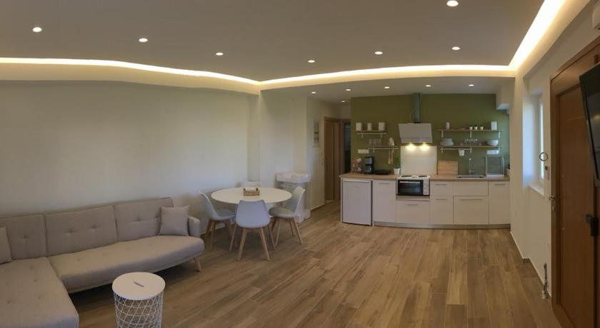 Apartment Laoura