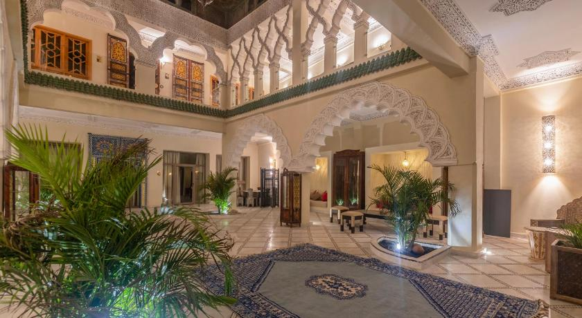 Best time to travel Marrakesh Palais Dar Si Aissa ALL-SUITES