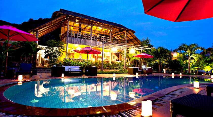 Best time to travel Cambodia Raingsey Bungalow