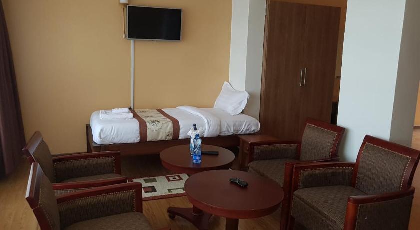 Admirable Esikar Gardens Hotel In Narok Room Deals Photos Reviews Theyellowbook Wood Chair Design Ideas Theyellowbookinfo