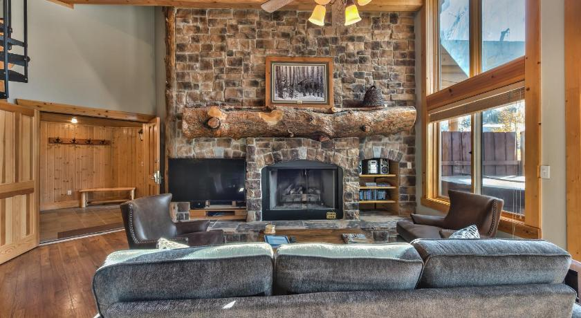 Deer Valley Black Bear 408A Condo