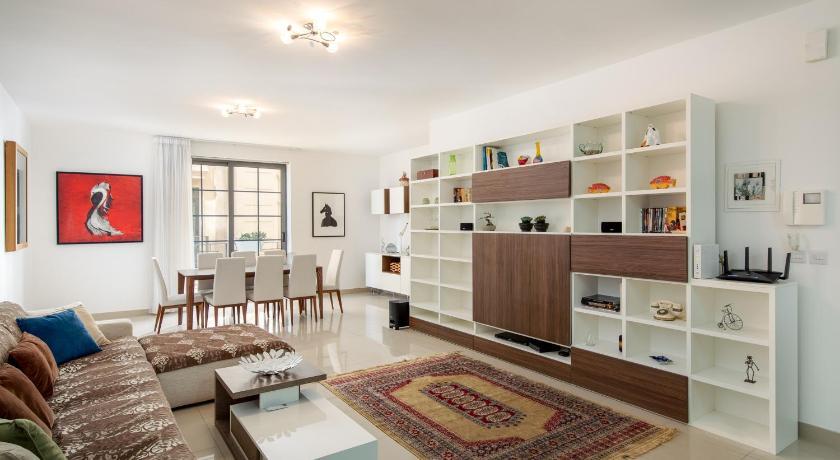 Belmonte Heights Luxury 3 Bedroom Apartment Slima Ceny I Otzyvy Na Agoda