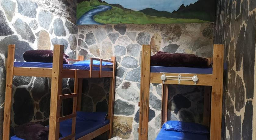 Bunk Bed in Mixed Dormitory Room Pension Albergue Matias Locanda