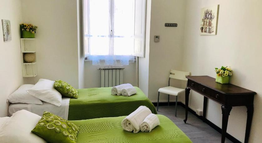 Boarding House International In Rome Room Deals Photos
