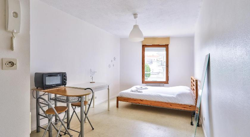 Beautiful studio well furnished and equipped