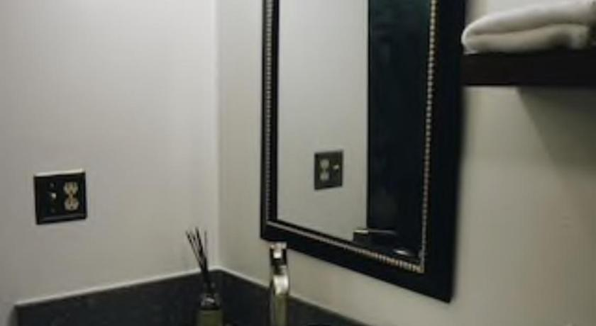 Best time to travel United States Hip well-appointed downtown condo suite