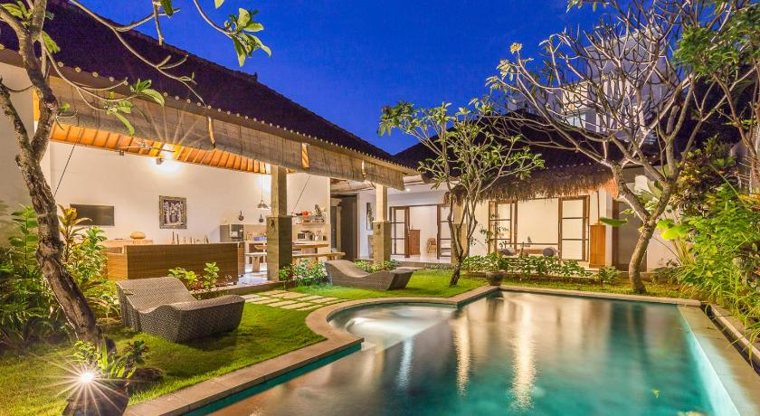 Charming 3 Bedroom Villa In Seminyak Oberoi In Bali Room Deals Photos Reviews