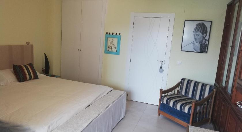 Habitacion Esmeralda En Playa San Juan En Alicante Alicante