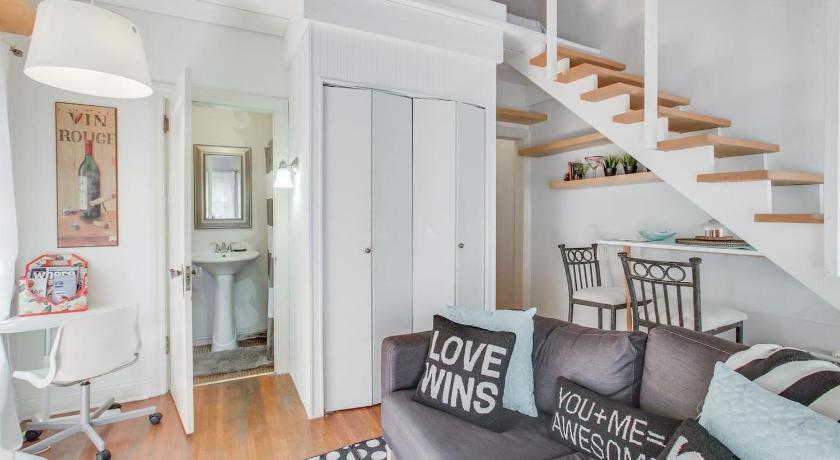 Nirvana Stylish Cottage Loft Studio Venice Beach Entire Apartment Los Angeles Ca Deals Photos Reviews