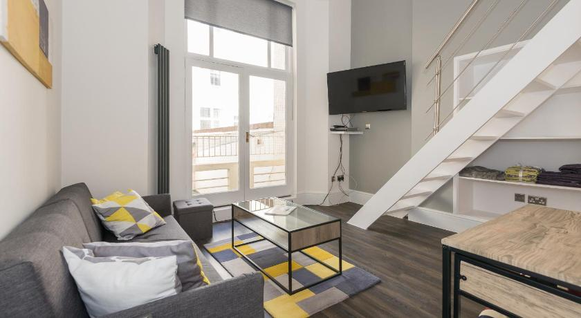 Best Price on Modern Mezzanine Studio Bayswater in London + ...