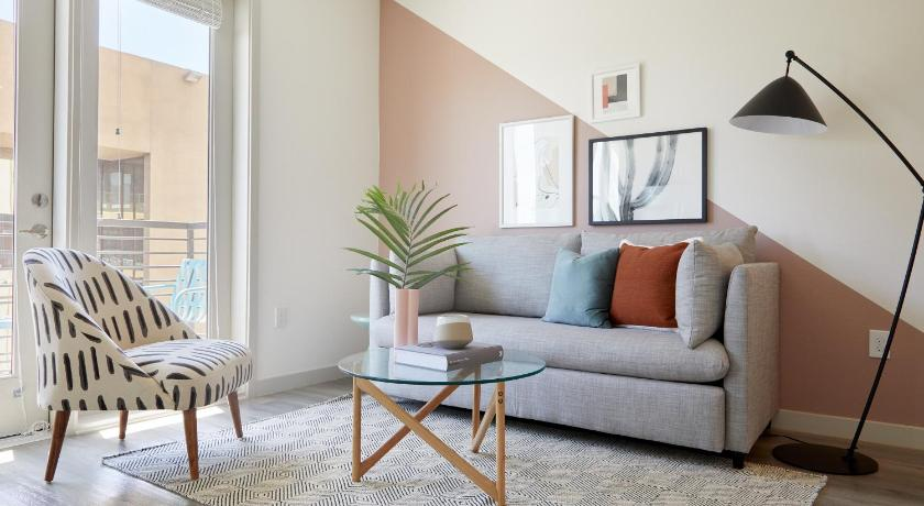 Sonder — Hance Park in Phoenix (AZ) - Room Deals, Photos