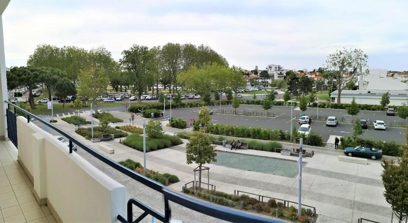 Appartement Vacances Michel BESSE 3/4 pers.Royan