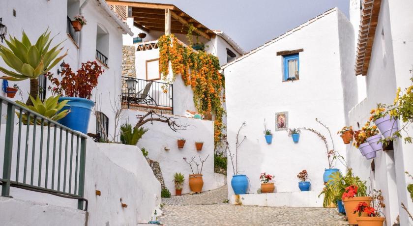 Casa Felisa El Acebuchal Canovas, Nerja - agoda.com