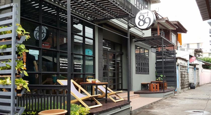 Best time to travel Bangkok Baan 89 Hostel