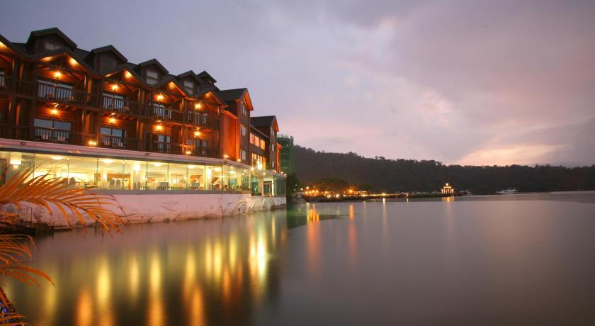 Best time to travel Taiwan The Richforest Hotel- Sun Moon Lake