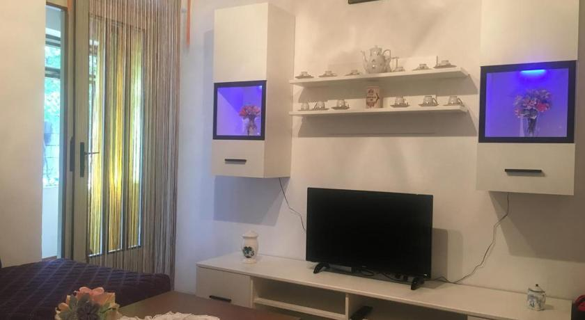Apartments and rooms with parking space Selce (Crikvenica) - 11133