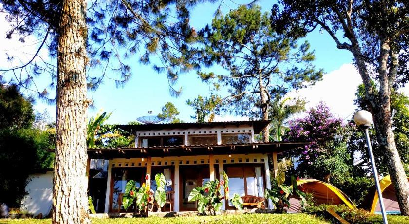 The Amandaru Villa by Anrha