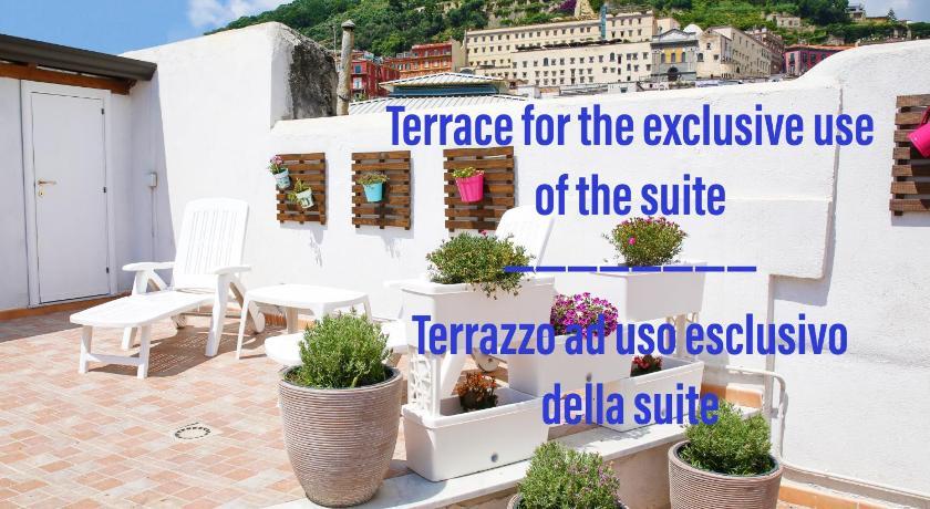 Il Lume In Naples Room Deals Photos Reviews