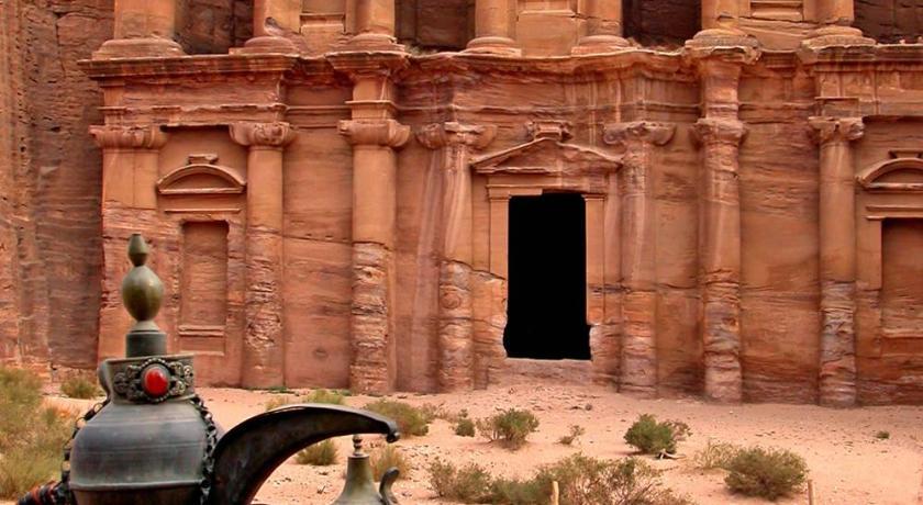 Petra Heritage House