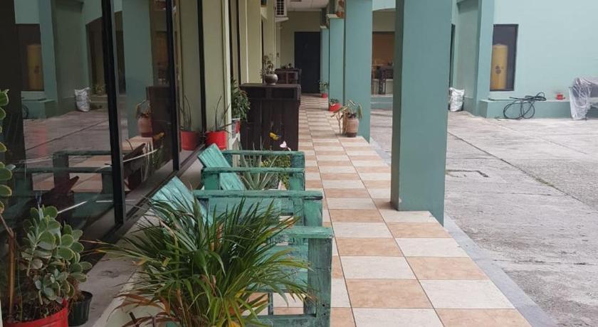 Best time to travel Honduras Ecogreen Aparthotel