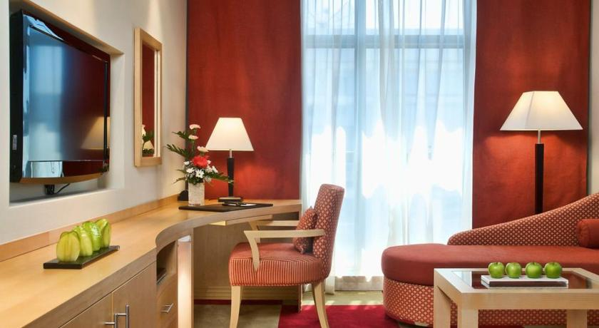 Halo Hotel Dubai, United Arab Emirates - Photos, Room Rates