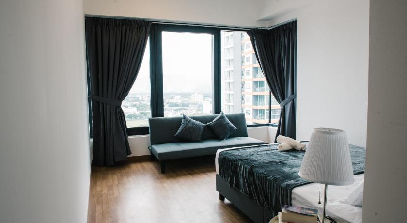 Three-Bedroom Apartment The Oak l 3 Bedrooms @ Tropicana Macalister Georgetown Penang