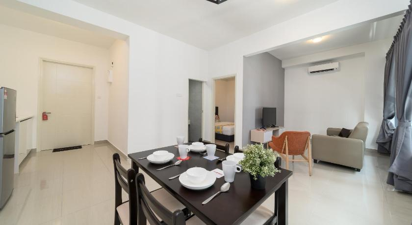 Two-Bedroom Apartment OYO Home 868 Charmed 2br Arte Plus