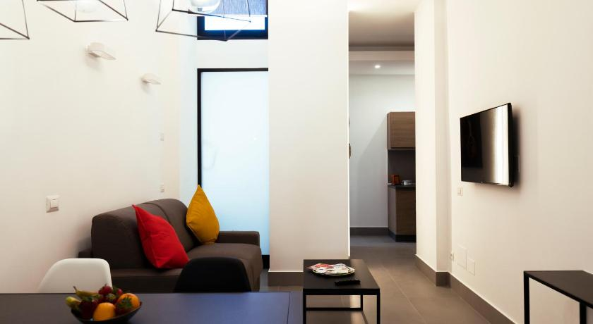 Acate81 Lifestyle Apartment
