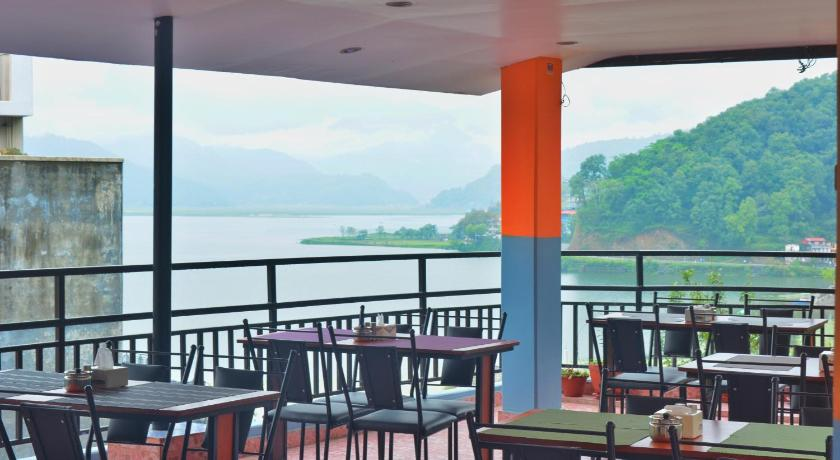 Hotel Direction Pokhara