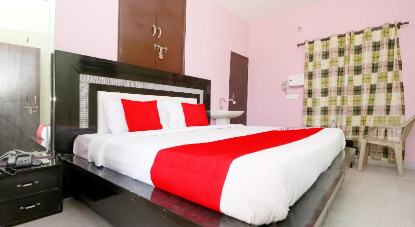 More about OYO 39852 Hotel Noor