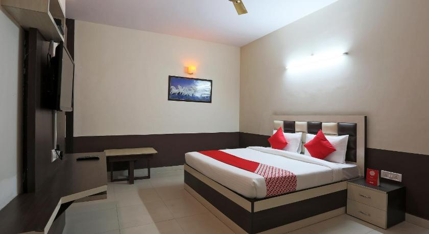 More about OYO 38077 Hotel Atithi