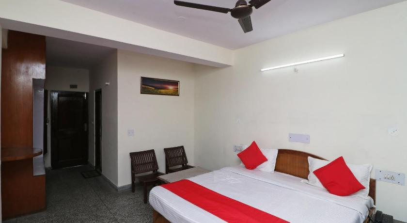 More about OYO 37523 Swagat Hotel