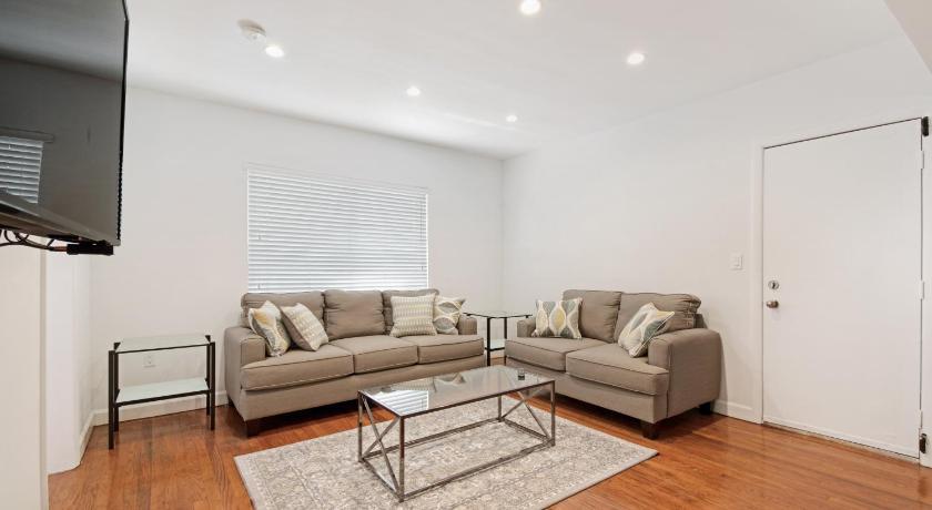 Indian Creek Beach Apartments Entire Apartment Miami Beach Fl Deals Photos Reviews