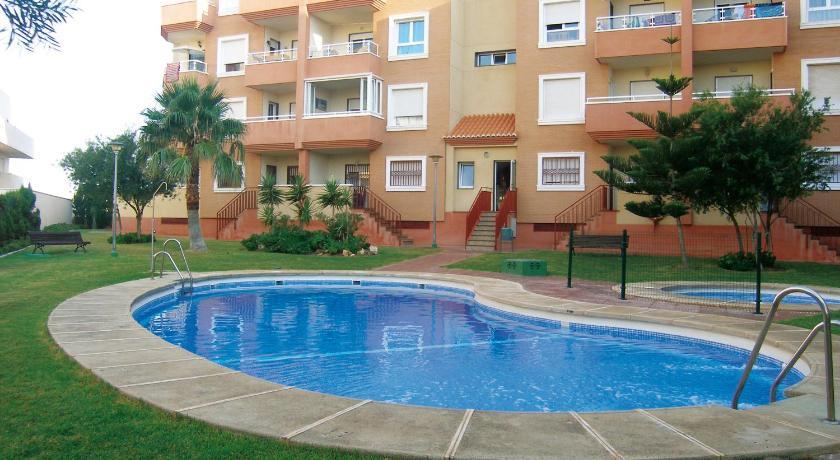 Apartamentos Cibeles Roquetas De Mar Ofertas De último