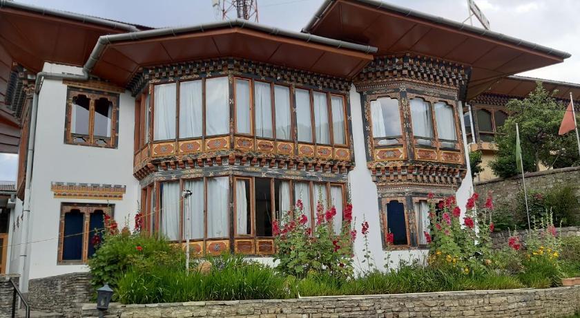Kisa Villa
