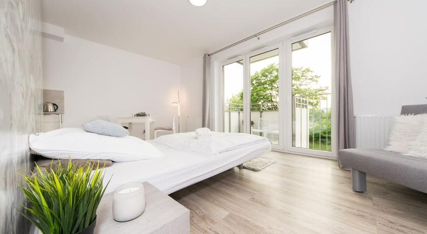 Best Price on Cosy studio with private garage in Krakow + Reviews!