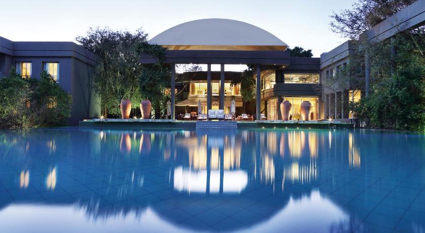 Best time to travel Johannesburg Saxon Hotel, Villas & Spa