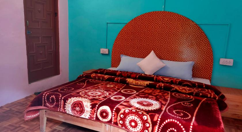 Deluxe Double Room Asha Homestay Rooftop Cafe