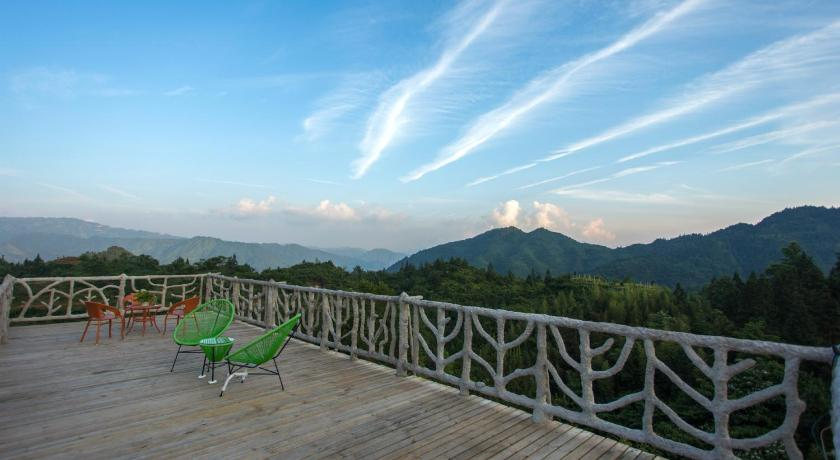 Longji Rice Terraces Daoyi Homestay