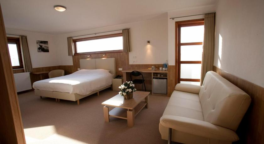 More about Hotel Chamdor