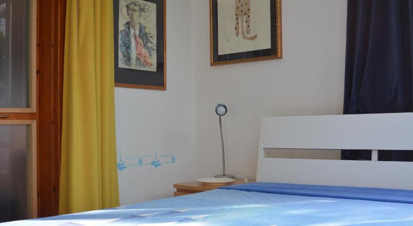 azzurro glicine, Gallipoli, Italia | Offerte Agoda