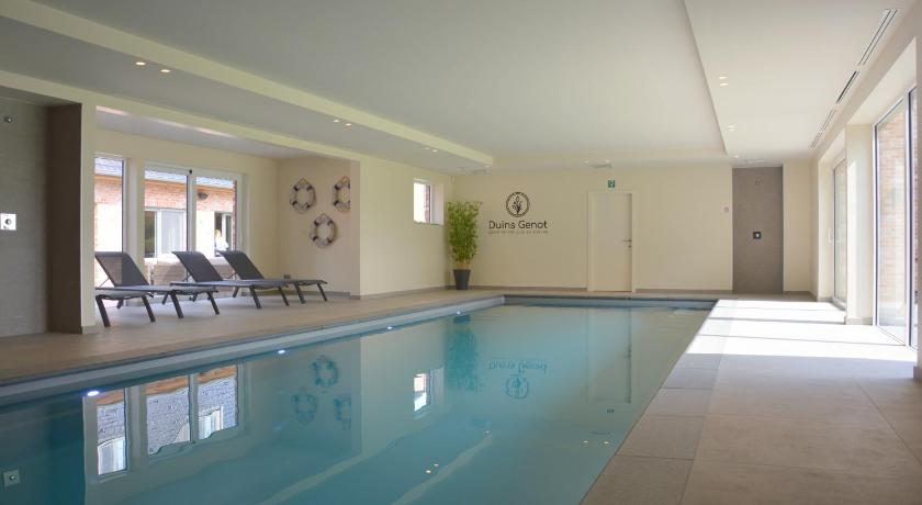 DuinenGras ***** Indoorpool and Wellness.