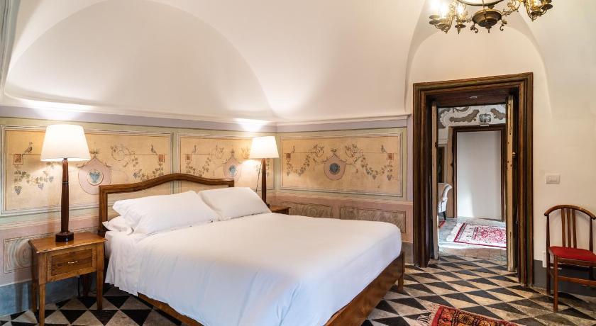 Baroni Giampiccolo Suites