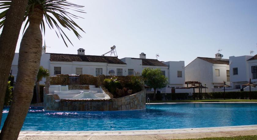 Best time to travel Costa de la Luz Real de La Barrosa II by Lightbooking