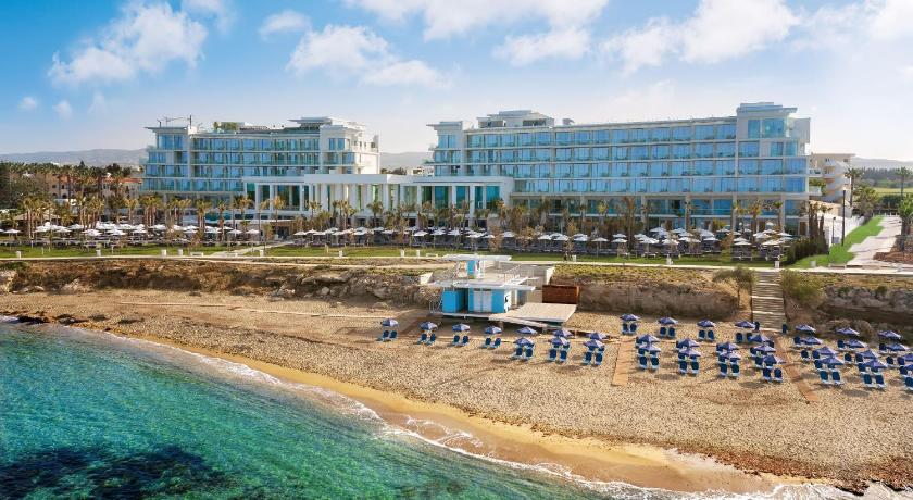 Best time to travel Paphos Amavi – Made For Two Hotels ™