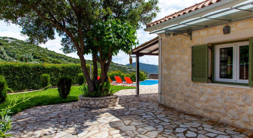 Villa with Private Pool Villa Melody