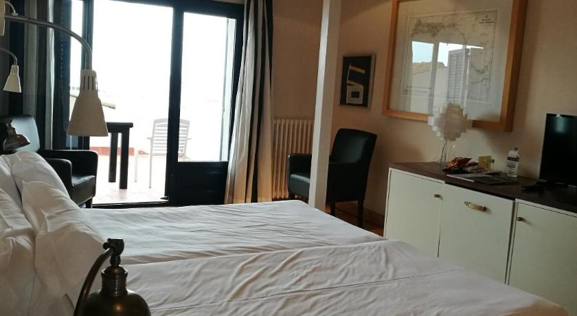boutique hotels palamos  69