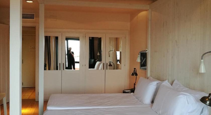 Hotel Trias 22