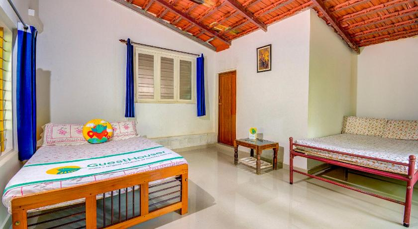 Hus med 3 soverom Homestay with Wi-Fi in Kodagu, by GuestHouser 54344